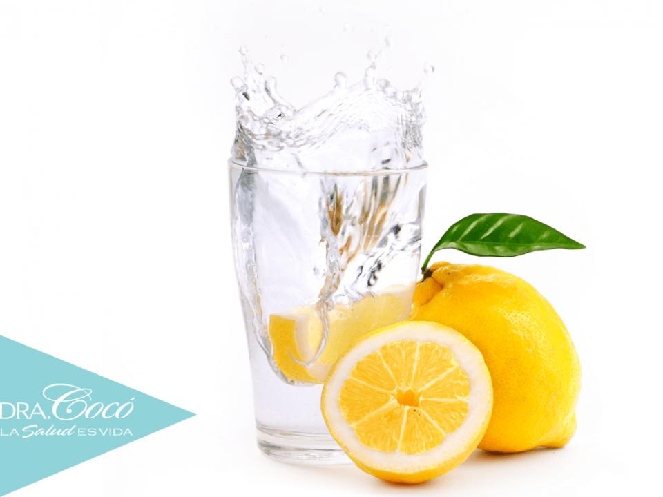 beneficios-de-tomar-el-agua-de-limón