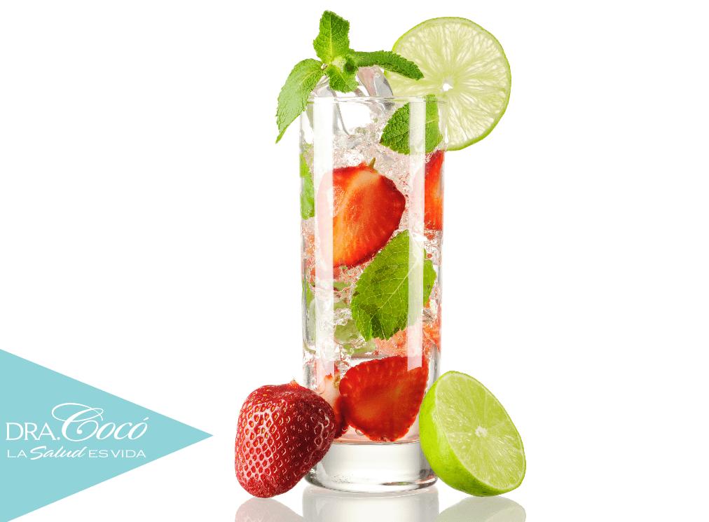 cómo-preparar-agua-de-fresas-para-desintoxicar