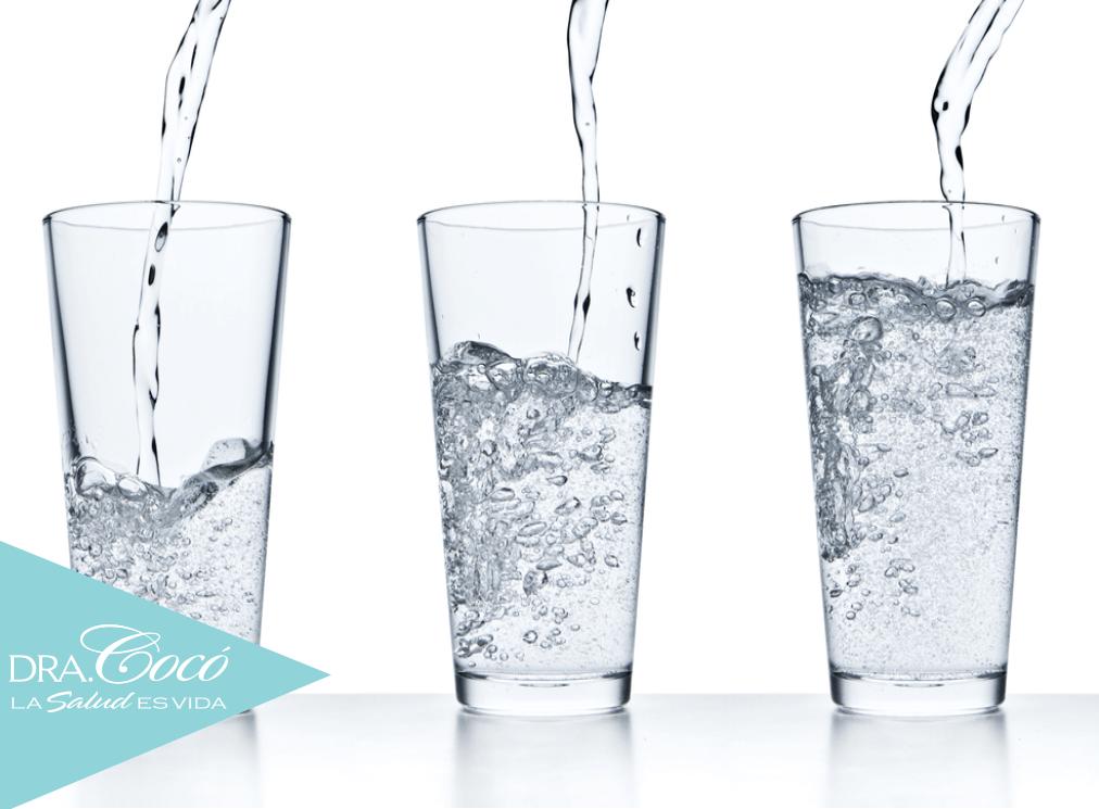 beber-mucha-agua-para-mantener-tu-piel-sana