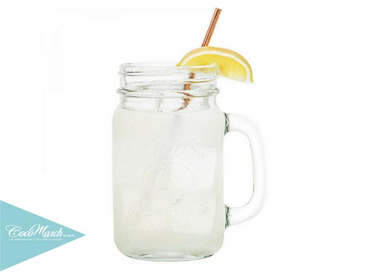 beneficios-de-agua-con-limón-en-ayunas