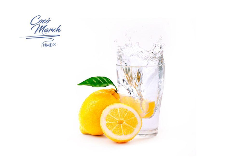 por-que-es-bueno-tomar-agua-con-limon-en-ayunas